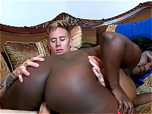 massive bum dark-hued super-bitch deep-throating milk white man meat