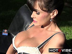 Lisa Ann playthings Her gash