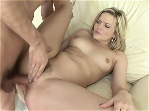 extraordinaire Alexis Texas gets her muffin buttered
