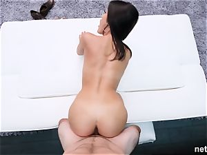 amazingly sizzling brunette gets wrecked during casting