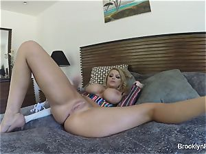 light-haired stunner Brooklyn records herself jacking