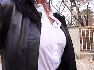 donks Bus – red-hot German bus nail with messy mature gal