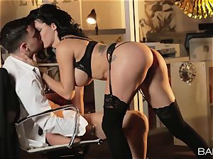 steaming office hotty Peta Jensen has lovemaking with her workers after work