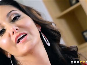 Ava Addams smashed in her sizzling beaver