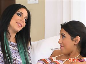 Lucia Lace gets it on with her stepmom Jaclyn Taylor