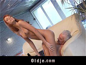 Oldman Gustavo glad to pummel stellar Erica Fontes